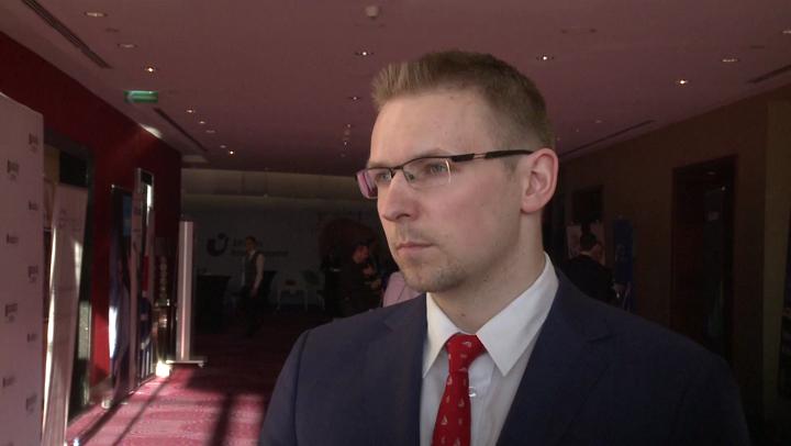 Polacy-powinni-przekonac-sie-do-inwestycji-w-akcje
